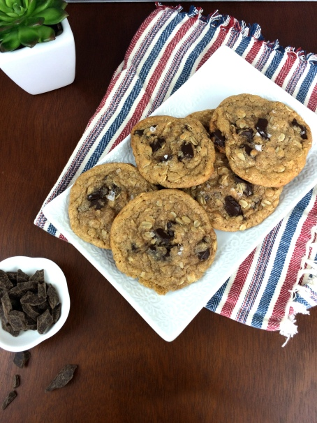 Salted-Oatmeal-Chocolate-Chip-Cookie-Recipe