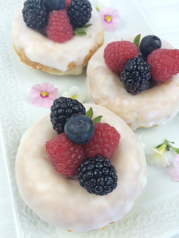 Baked-Berry-Donuts
