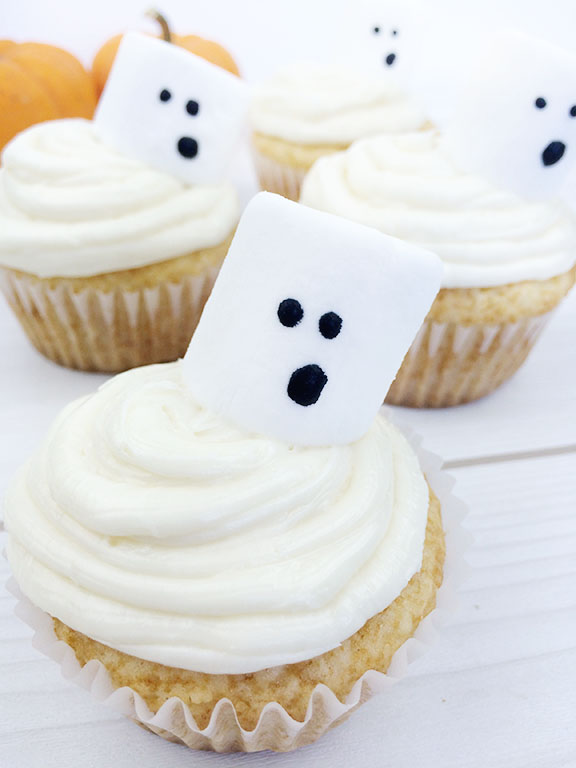 Halloween Ghost Cupcakes   Beauty and Blooms