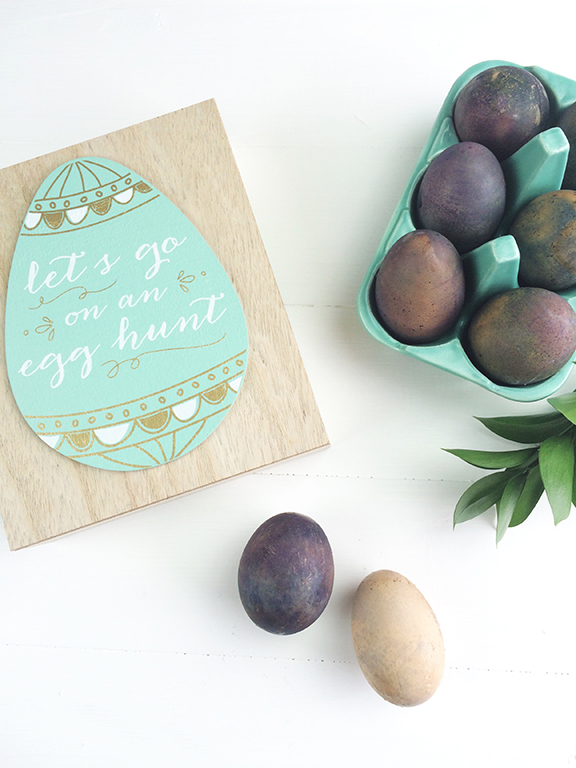 Naturally Dyed Easter Eggs   Beauty and Blooms