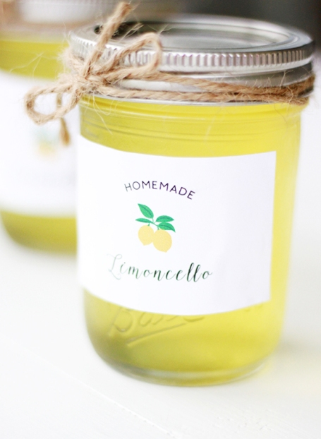 Homemade Limoncello! Plus FREE labels to package these up for a sweet gift!