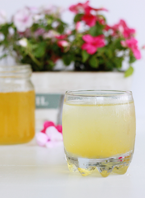Peach Scrub Gin and Tonic. Refreshing summer cocktail!
