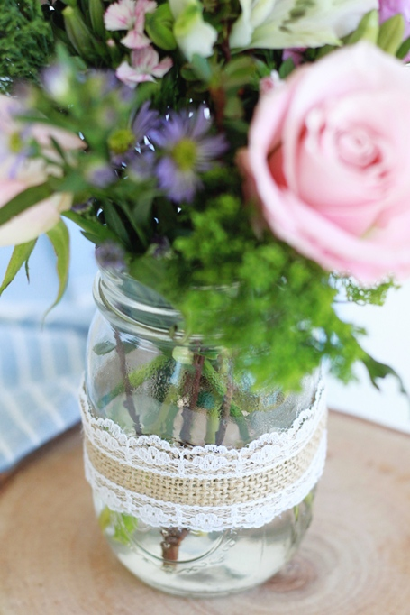 DIY Burlap and Lace Flower Vase