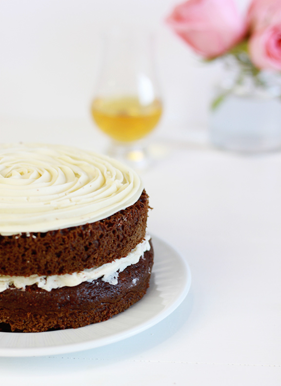 Whisky Walnut Cake