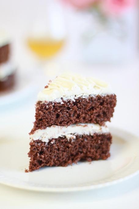 Whisky Walnut Cake
