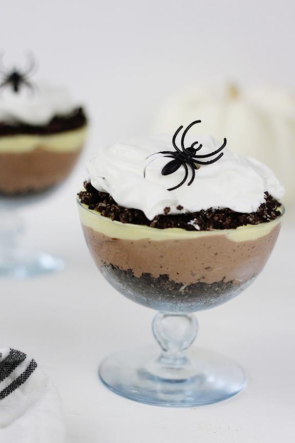 Halloween Spider Dirt Cup